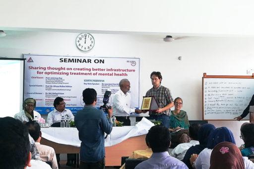 Director Bir Muktijoddha Alhajj Mejor (Retd) Md. Nasim Uddin presented an honourary crest to Dr. Leendert Van Rijn for his dedication
